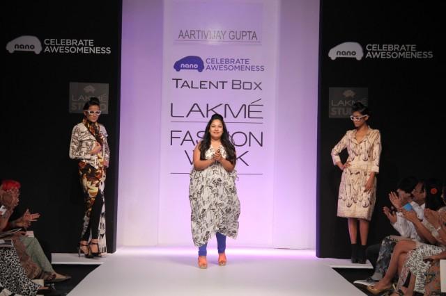 Aarti Vijay Gupta at her show at LFW Winter Festive 2013