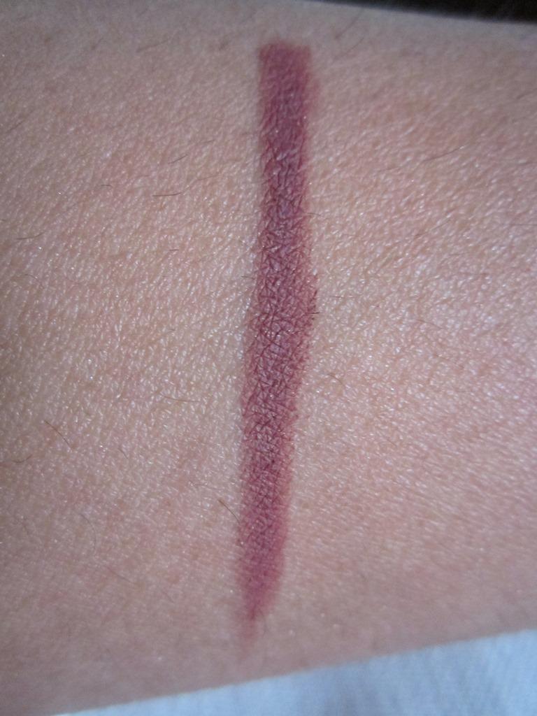 Le Crayon Countouring Lip Crayon by Lancôme #17